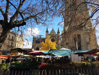 Le marche de la place St Michel