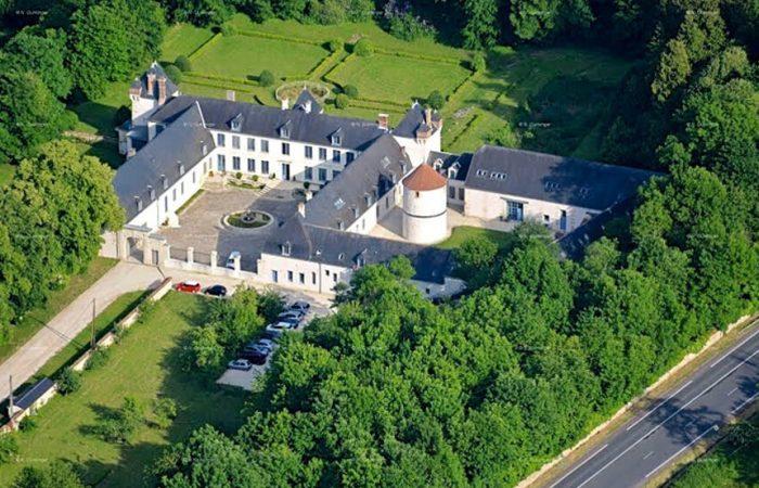 Bienvenue chez Isabelle, au château de Festieux!
