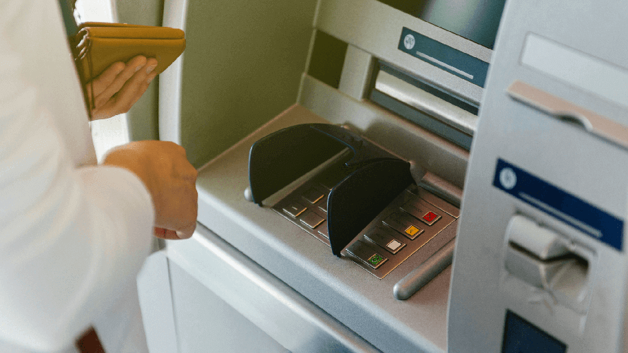 Withdrawing money from an ATM in France